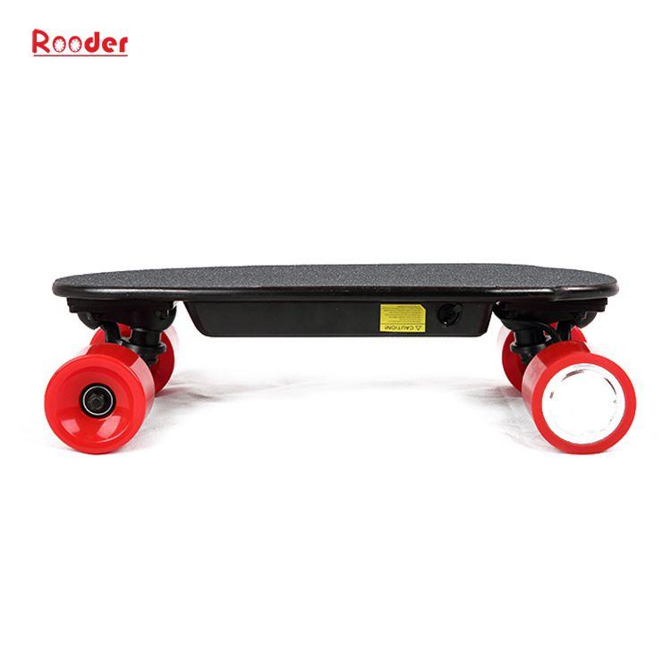 mini fire hjul elektrisk skateboard med 24v litiumbatteri 3kgs bare engros-pris fra Rooder fire hjul elektrisk rullebrett fabrikk Produsenten leverandør (2)